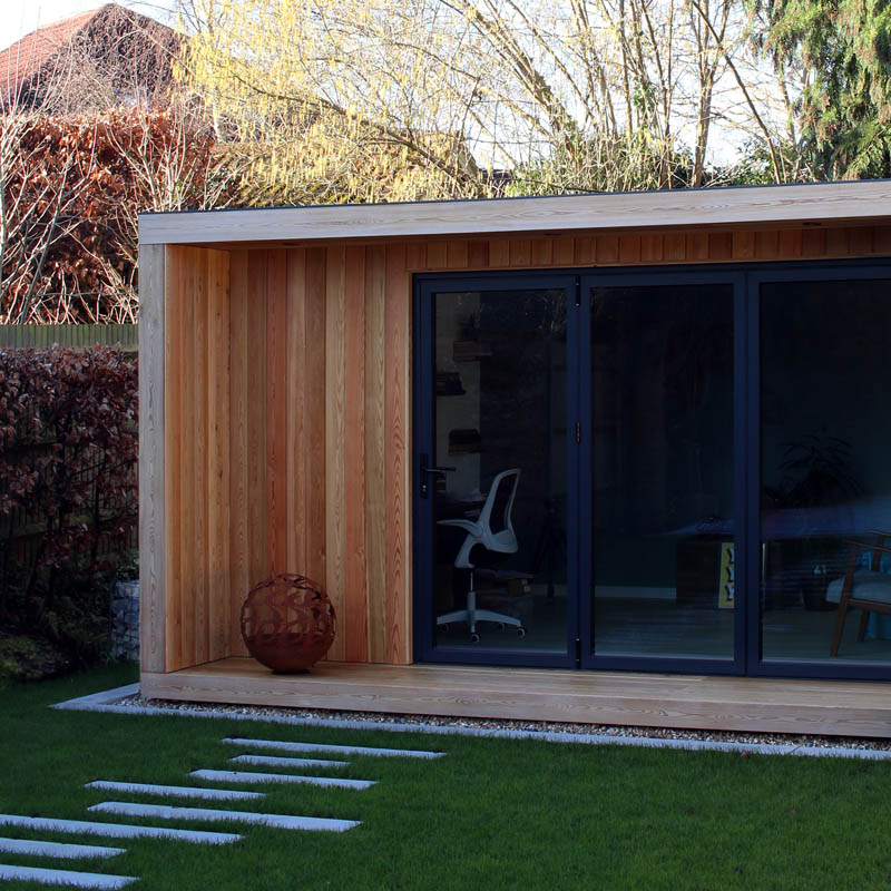 Garden room with warm Siberian larch canopy
